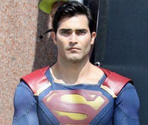 Tyler Hoechlin pode viver o Superman em série solo do herói