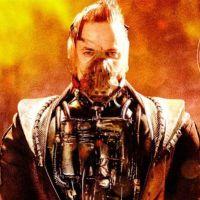 """Bane, de """"Gotham"""", vira piada após foto de uniforme ser compartilhada"""
