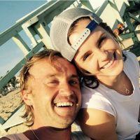 """Emma Watson faz post fofo com Tom Felton e fãs de """"Harry Potter"""" vão à loucura!"""
