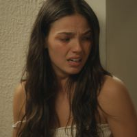 "Na novela ""Boogie Oogie"": Casal iô-iô! Sandra se irrita e expulsa Rafael de casa"