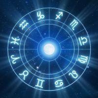Você pode fazer suas resoluções, mas a Astrologia conta um pouco sobre o que vai rolar em 2019!