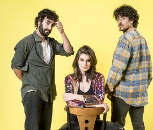 """Em """"Verão 90"""", Vanessa (Camila Queiroz), Jerônimo (Jesuíta Barbosa) e Galdino (Gabriel Godoy) farão de tudo para entrar na PopTV"""