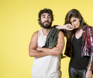 """Em """"Verão 90"""", Vanessa (Camila Queiroz) desprezará Galdino (Gabriel Godoy) por ele ser pobre"""
