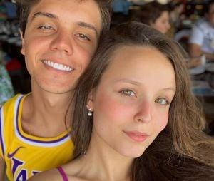 Larissa Manoela e Leo Cidade estão juntos há 1 ano