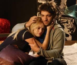 """Em """"Geração Brasil"""", Davi (Humberto Carrão) desiste de terminar com Megan (Isabelle Drummond)"""