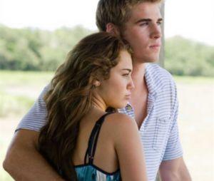 """Miley Cyrus e Liam Hemsworth se conheceram em 2009, durante as gravações do filme """"A Última Música"""""""