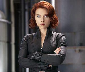 """Scarlett Johansson deve continuar como a espiã no filme """"Viúva Negra"""""""