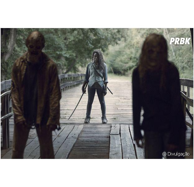 """Michonne (Danai Gurira) vai ter que enfrentar novas ameaças na volta de """"The Walking Dead"""""""
