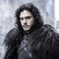 """Kit Harington diz que gravações finais de """"Game of Thrones"""" desgastaram o relacionamento do elenco"""