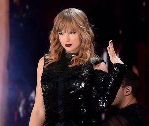Katy Perry e mais famosos se sensibilizam com doação de Taylor Swift à ONG do Tennessee