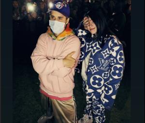 Billie Eilish finalmente conheceu seu ídolo, Justin Bieber!