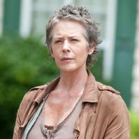 """""""The Walking Dead"""": Carol descobriu o significado do """"aqui se faz, aqui se paga""""!"""