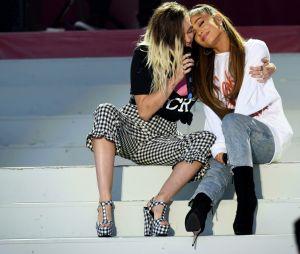 Ariana Grande organizou um show beneficente na época, com a presença de vários artistas, como Miley Cyrus