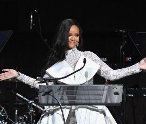 """Rihanna e a sua """"We Found Love"""" ficaram em sexto lugar. O que você acha?"""