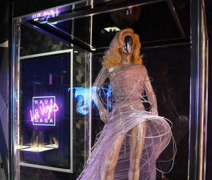 """Lady Gaga é um ícone fashion e suas peças estarão na exposição """"Haus of Gaga"""" que inaugura nesta quinta (30) em Las Vegas, nos EUA"""