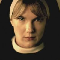 "Em ""American Horror Story: Freakshow"": Lily Rabe reprisa papel de ""Asylum"""