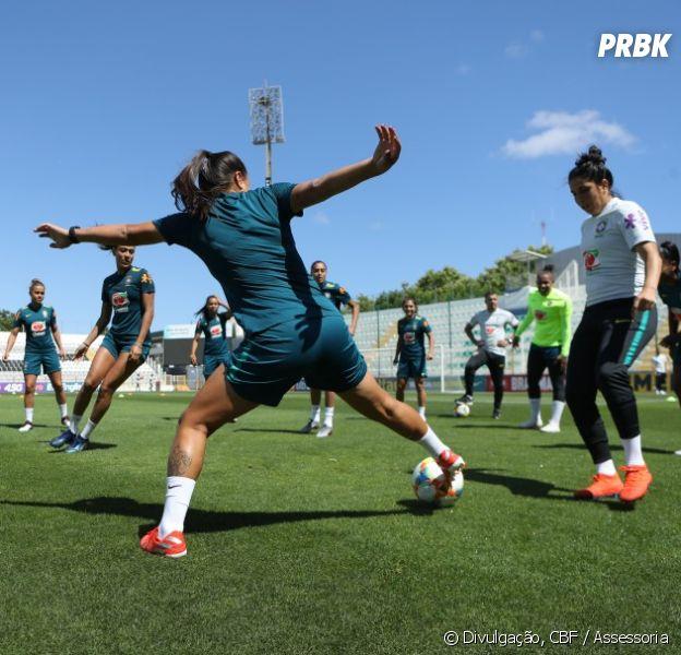 Meninas da Seleção Brasileira se preparam para a Copa do Mundo Feminina