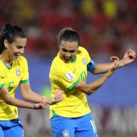 Com gol de Marta, Seleção Brasileira vence a Itália e se classifica nas oitavas de final