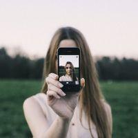 Estes apps vão deixar os seus Stories maravilhosos e você precisa tê-los no celular!