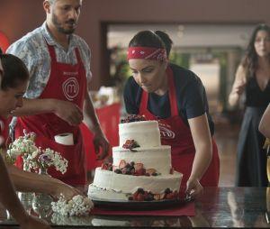 """""""MasterChef Brasil"""": Haila e seu time prepararam um bolo torto e ainda sim ganharam a prova da semana"""