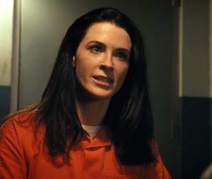 """Final """"Jane the Virgin"""": Rosa(Bridget Catherine Regan) acaba se dando mal e morre no penúltimo capítulo"""
