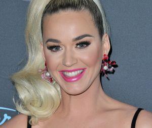 """No tribunal, Katy Perry disse que não conhecia a música """"Joyful Noises"""""""