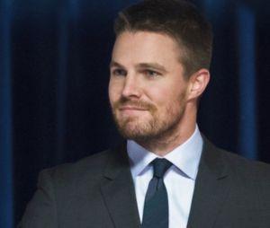 """Parece que Oliver (Stephen Amell) vai ganhar um final feliz em """"Arrow"""""""