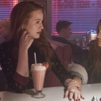 """""""Riverdale"""" vai ganhar um prêmio por conta da representatividade LGBT na série"""