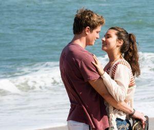 """""""Malhação"""": relação de Rita (Alanis Guillen) e Filipe (Pedro Novaes) ficará mexida após a chegada de Rui (Romulo Arantes Neto)"""