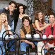 """Revista diz que elenco de """"Friends"""" e os criadores da série estão discutindo um projeto novo para o HBO Max"""