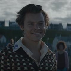 """Sete anos depois, Harry Styles canta """"What Makes You Beautiful"""", do One Direction, em nova versão"""