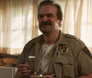 """Se depender desta teoria, Hopper (David Harbour) não está morto em """"Stranger Things"""""""