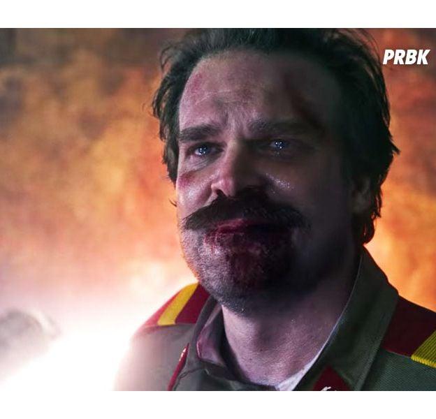 """Teoria mostra que acontecimento da 1ª temporada pode indicar destino de Hopper (David Harbour) em """"Stranger Things"""""""