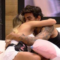"""Guilherme se declara para Gabi no """"BBB20"""" após polêmica com Bianca: """"Estou muito apaixonado"""""""