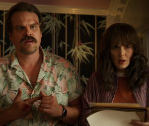 """""""Stranger Things"""": como ficará a relação deHopper (David Harbour) e Joyce (Winona Ryder) se eles se reencontrarem?"""