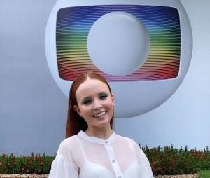 Larissa Manoela está na Globo: atriz confirma que assinou contrato nesta quarta-feira (19)