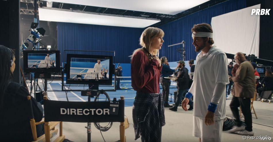 """Taylor Swift faz uma rápida aparição como ela mesma no fim do clipe de """"The Man"""""""