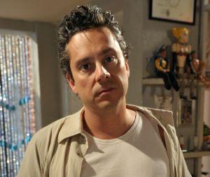 """Fina Estampa"": Baltazar (Alexandre Nero) é agressor e homofóbico"