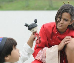 """Bruna Marquezine tinha 13 anos quando protagonizou """"Negócio da China"""""""