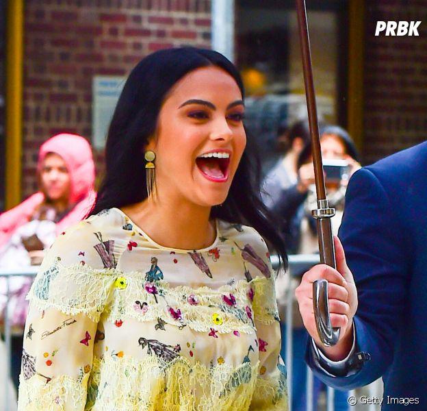 """Camila Mendes, de """"Riverdale"""", faz aniversário nesta segunda (29)! Teste o quanto você sabe sobre ela"""