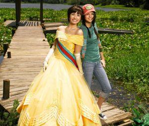 """""""Programa de Proteção para Princesas"""": Demi Lovato e Selena Gomez são as protagonistas do filme"""