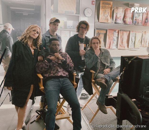 """""""Um de Nós Está Mentindo"""" tem Chase Stokes, de """"Outer Banks"""", da Netflix, no elenco"""