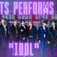 "BTS faz performance de ""IDOL"" no ""The Tonight Show with Jimmy Fallon"""