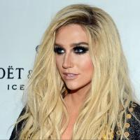 "Ke$ha lança lyric vídeo de ""Timber"" em parceria com Pitbull e álbum com The Flaming Lips é cancelado!"