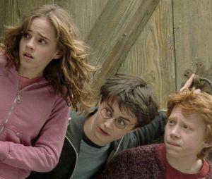 """""""Harry Potter"""": Hermione (Emma Watson), Harry (Daniel Radcliffe) e Ronny (Rupert Grint) (da esquerda pra direita) são o trio protagonista da história"""