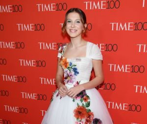 Millie Bobby Brown aposta em look com flores na Time 100 Gala de 2017