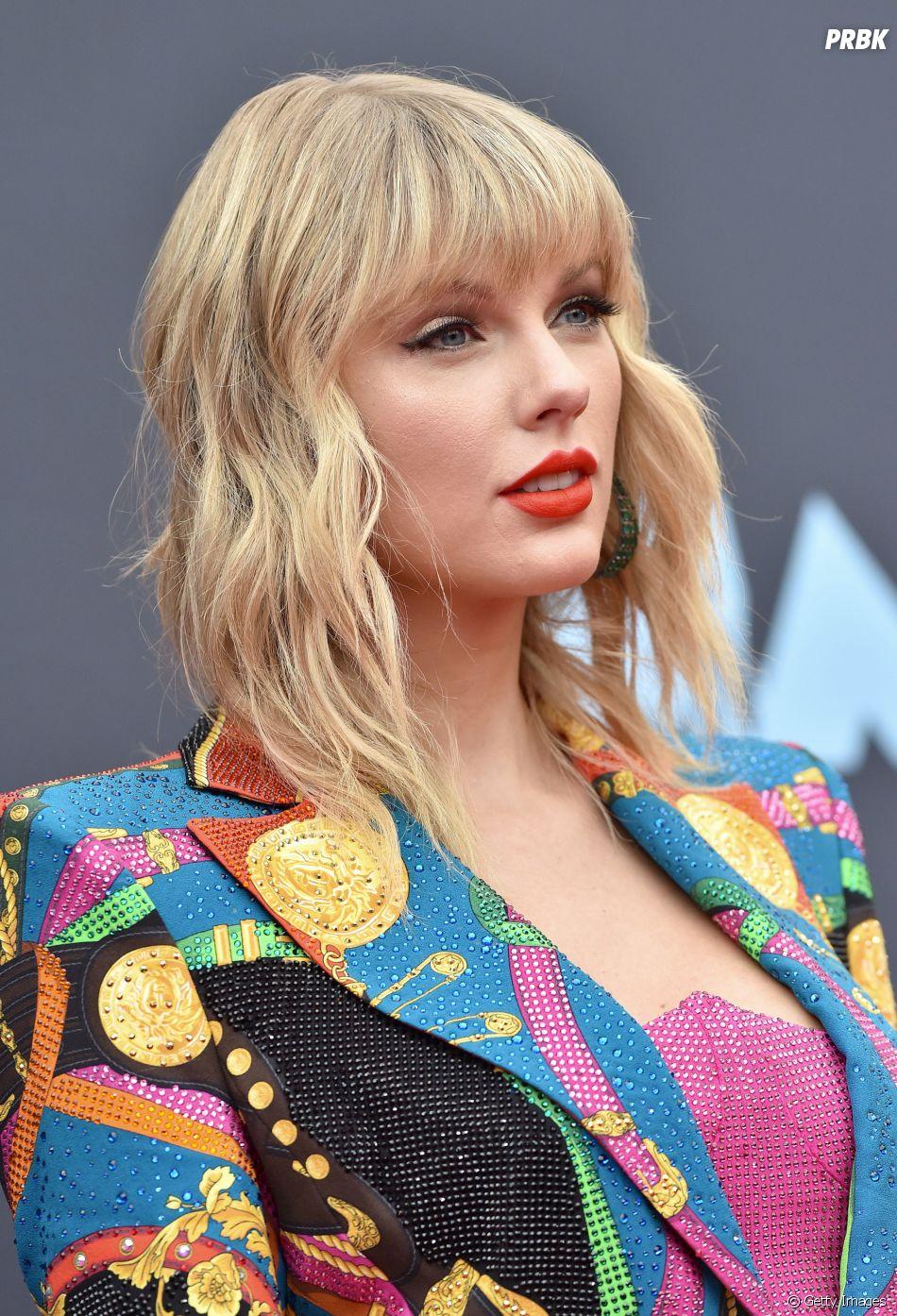 """Grammy: Taylor Swift merece levar o prêmio com """"folklore""""? Vote"""