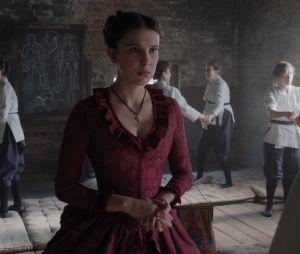 """""""Enola Holmes 2"""": filme também será baseado na série literária """"Os Mistérios de Enola Holmes"""", de Nancy Springer"""