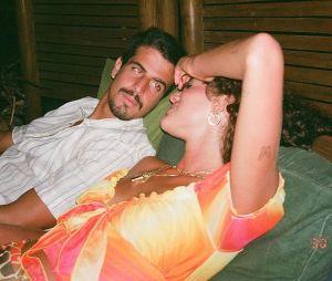 """Bruna Marquezine diz que namoro com Enzo Celulari é muito saudável: """"É uma delícia"""""""
