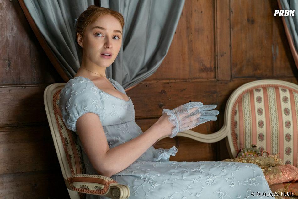 """""""Bridgerton"""": Phoebe Dynevor é vista nas gravações da 2ª temporada com novo cabelo. Confira as fotos"""
